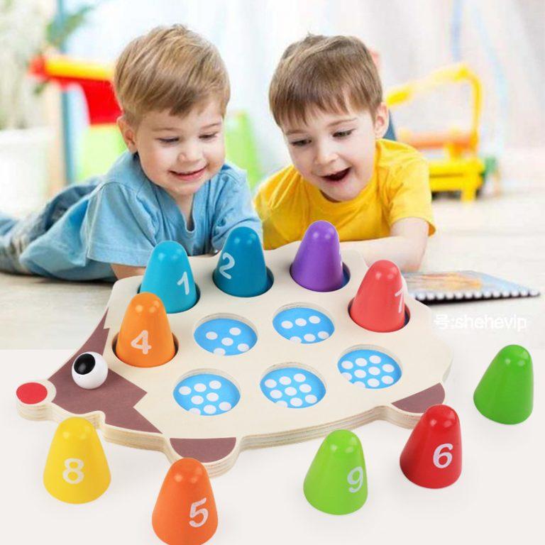 """4 วิธีการเลือก """"ของเล่น"""" ให้ดี สำหรับลูกน้อย"""